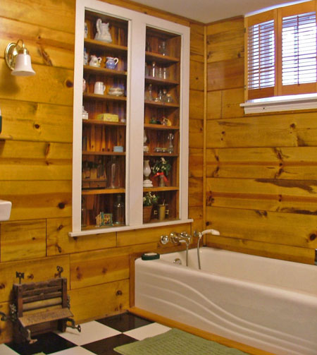 Just 6 steps from the Cameron Room is the roomy, private bath.